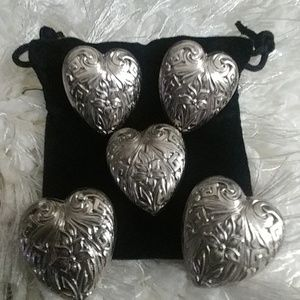 Silver button covers with velvet bag
